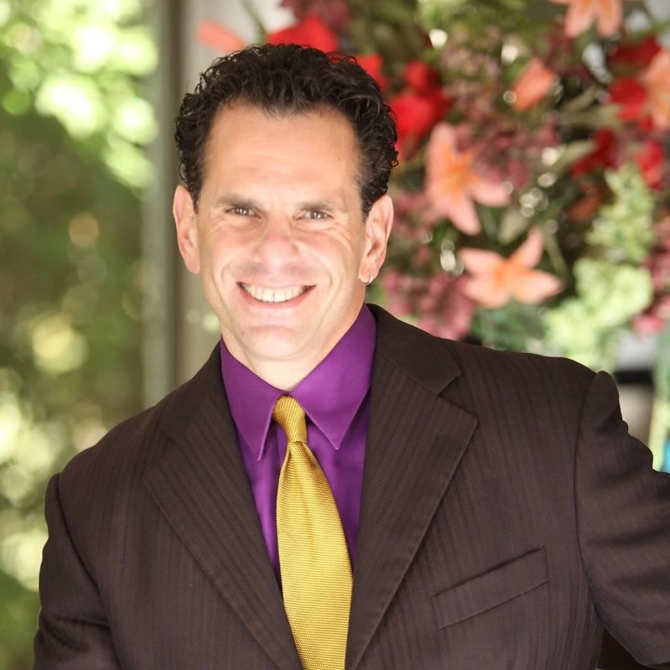 Hypnotist Scott Schmaren